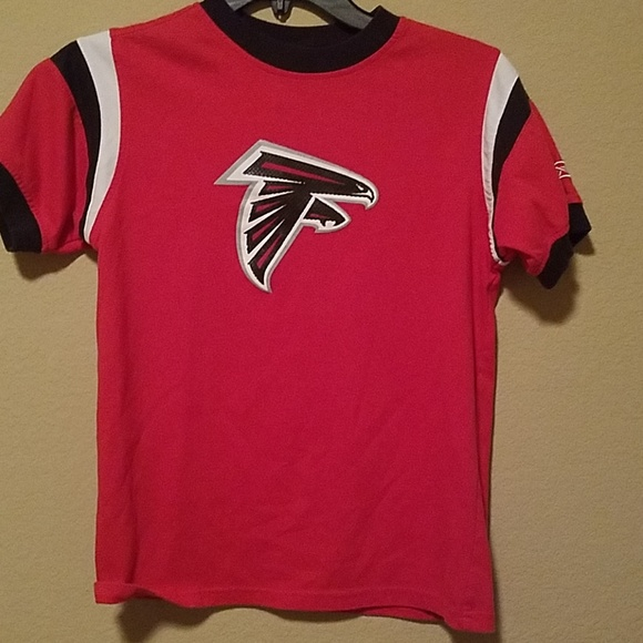 new concept 0cf3e 2a7d2 Atlanta falcons shirt size M